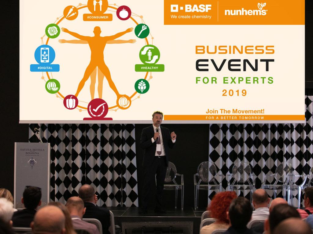 Jose Antonio Salinas Reyes durante l'apertura del Business Event For Experts 2019