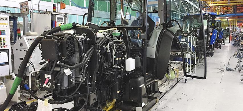catena montaggio trattori